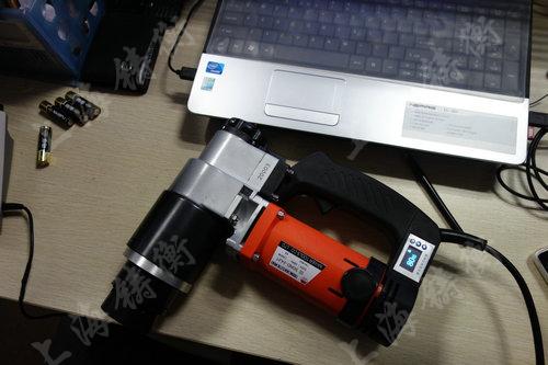 数显电动定扭力扳手图片